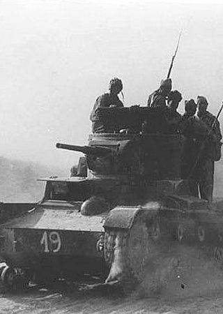 Problemy z wyszkoleniem żołnierzy Armii Czerwonej uniemożliwiały często modernizację sprzętu. Tak było na przykład z czołgami T-26 (źródło: domena publiczna).