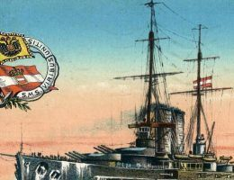 Okręt liniowy Viribus Unitis na austriackiej pocztówce. Jego zatopienie miało się stać wielkim sukcesem włoskiej marynarki wojennej.