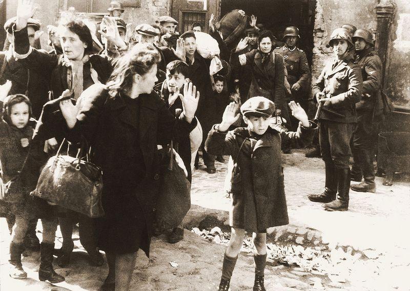 To od nas zależy czy dopuścimy do tego, aby znów powtórzyła się tragedia na miarę Holokaustu (źródło: domena publiczna).
