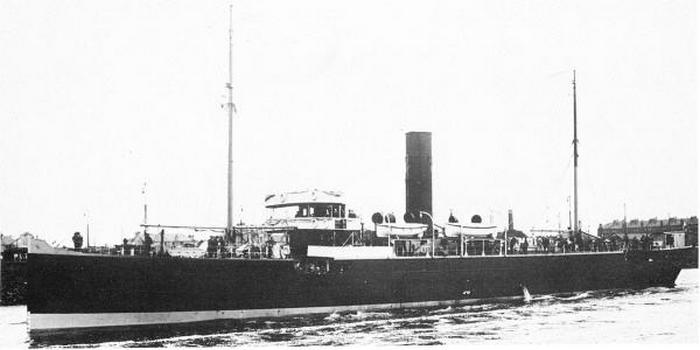 """Brytyjski Q-ships HMS """"Tamarisk"""" (źródło: domena publiczna)."""