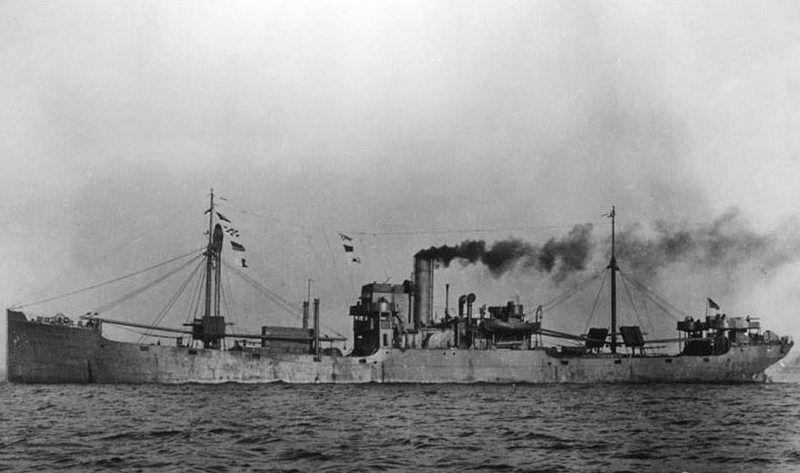 """Pierwszym amerykańskim statkiem, który wyruszył w konwoju płynącym do Związku Radzieckiego był frachtowiec """"Larranga"""" (źródło: domena publiczna)."""