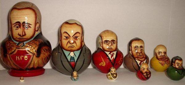 Matrioszki - nawet te przedstawiające rosyjskich przywódców - wyglądają całkiem niewinnie. Czy za tą nazwą kryło się coś więcej? (fot. Brandt Luke Zorn, lic. CC BY-SA 2.0)