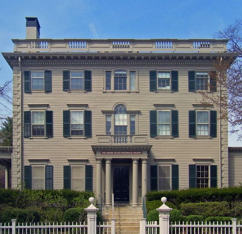 Nelson W. Aldrich House w Providence - główna siedziba Towarzystwa Historycznego Rhode Island (fot. Daniel Case, lic. CC BY-SA 3.0).