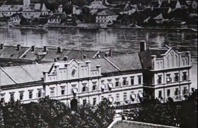 Klinika Am Spiegelgrund. To tam swoje mordercze eksperymenty prowadził dr Heinrich Gross (źródło: domena publiczna).