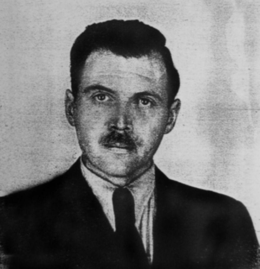 Josef Mengele na zdjęciu wykonanym kilka lat po zakończeniu wojny.