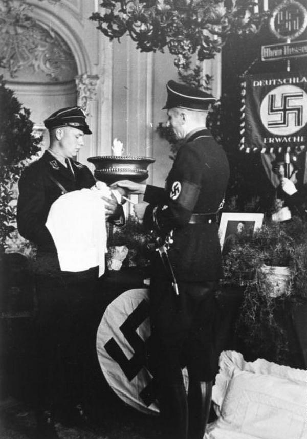 """Verein Lebensborn"", Taufe"