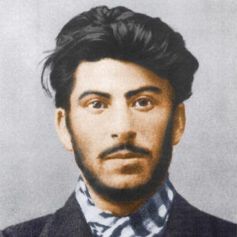 Stalin w 1902 r. (źródło: domena publiczna).