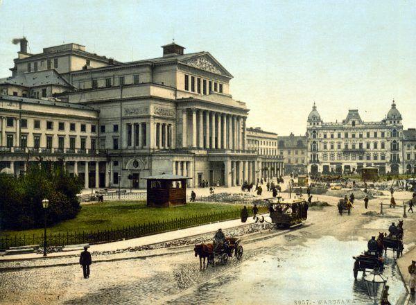 """Pod koniec XIX wieku Warszawę nazywano """"Paryżem Północy"""". Jej mieszkańcy czuli się obywatelami świata. A mimo to ulicami płynęły ludzkie odchody (źródło: domena publiczna)."""