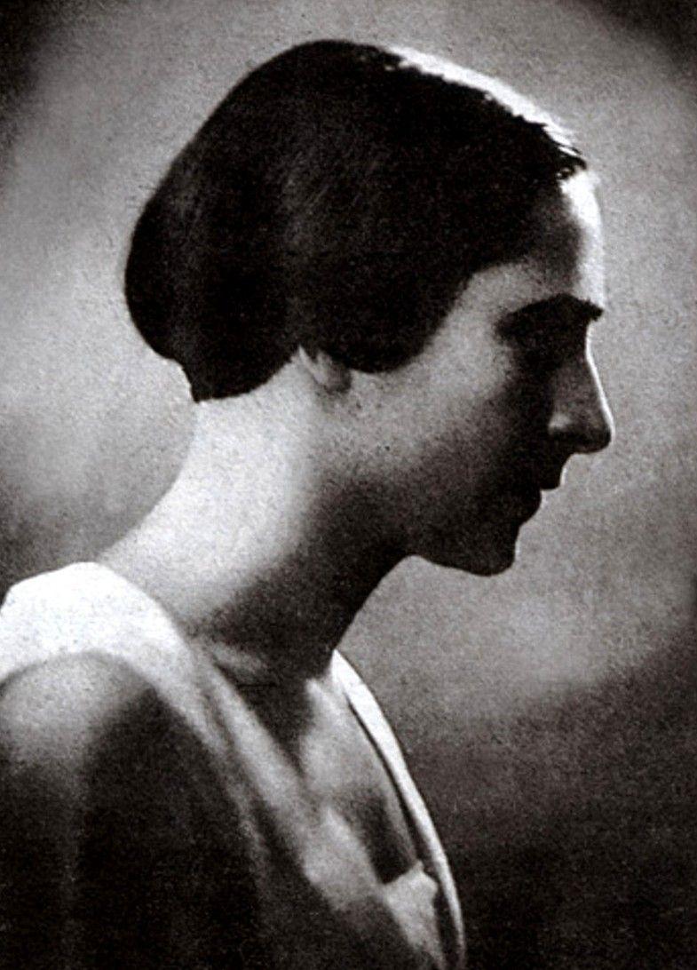 """""""Pan Jarecki"""" napsuł wiele krwi Irenie Krzywickiej. Fotografia z 1930 roku, pochodząca z jej autobiografii """"Wyznania gorszycielki"""" (źródło: domena publiczna)."""