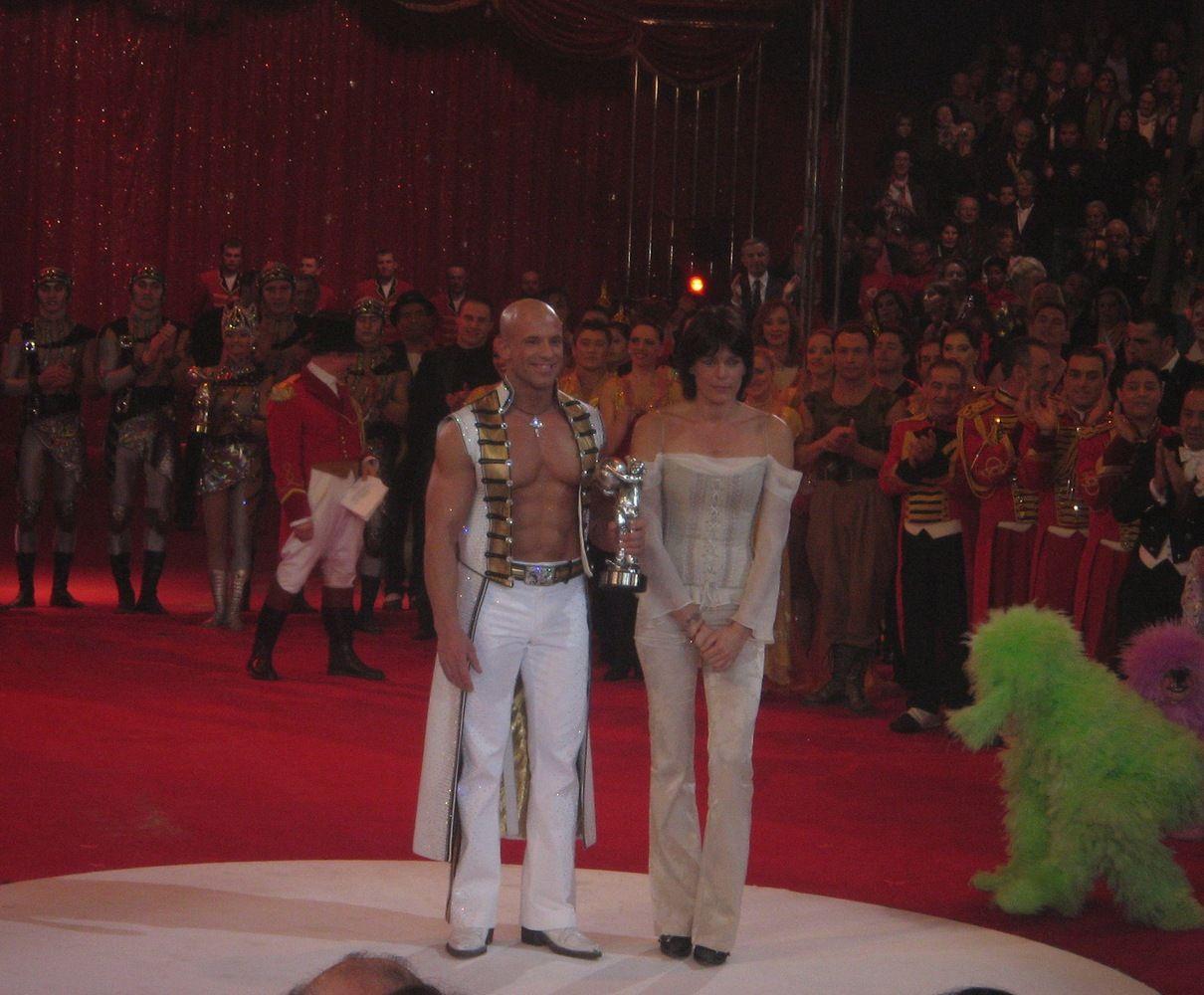 Stefania w swoim żywiole - z laureatem Srebrnego Klauna na Międzynarodowym Festiwalu Sztuki Cyrkowej w Monte Carlo w 2007 roku (Encho Keryazov, lic. CC BY-SA 3.0).
