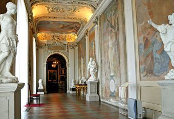 Wnętrze Pałacu w Wilanowie. Takimi luksusami nie mógł się pochwalić nawet sam Jan Kulczyk! (fot. Dennis Jarvis, lic. CC BY-SA 2.0).