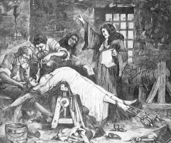 Jak widać na ilustracji, przed ścięciem Marie była poddawana wymyślnym torturom (źródło: domena publiczna).