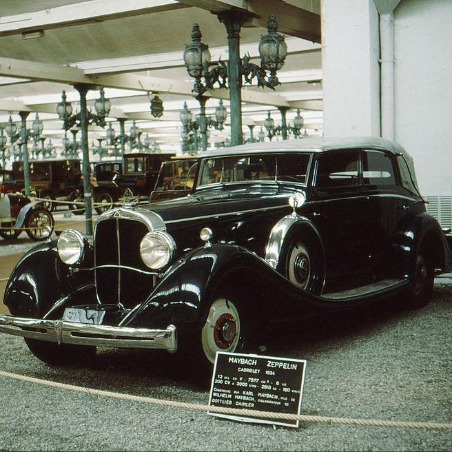 Maybachem Zeppelin. To właśnie takim samochodem po wojnie jeździł Bolesław Bierut (autor: Frila; lic.: CC BY-SA 3.0).