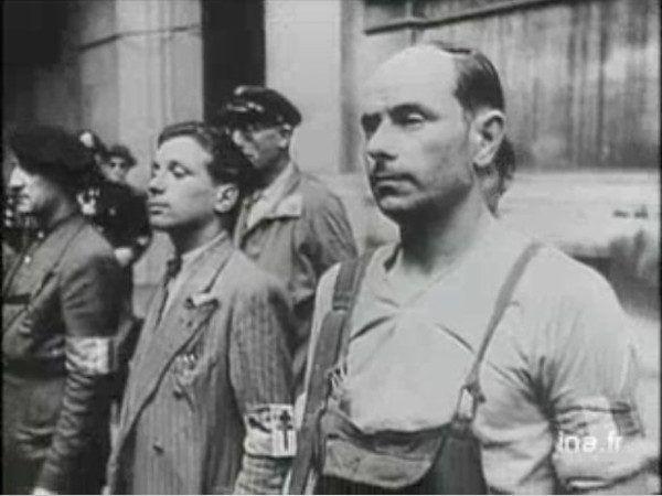 Podczas, gdy inne europejskie partyzantki wzywały do walki, La Resistance namawiał obywateli do... bierności. Przynajmniej do czasu... Na zdjęciu: członkowie ruchu oporu podczas powstania w Paryżu w 1944 roku (źródło: domena publiczna).