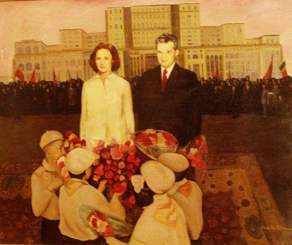 """Patologiczna """"matka i ojciec narodu"""". Prawdziwe """"dzieci Ceausescu"""" raczej nie przyniosłyby mu kosza kwiatów... (autor zdjęcia: RaLaura, źródło: flickr)."""
