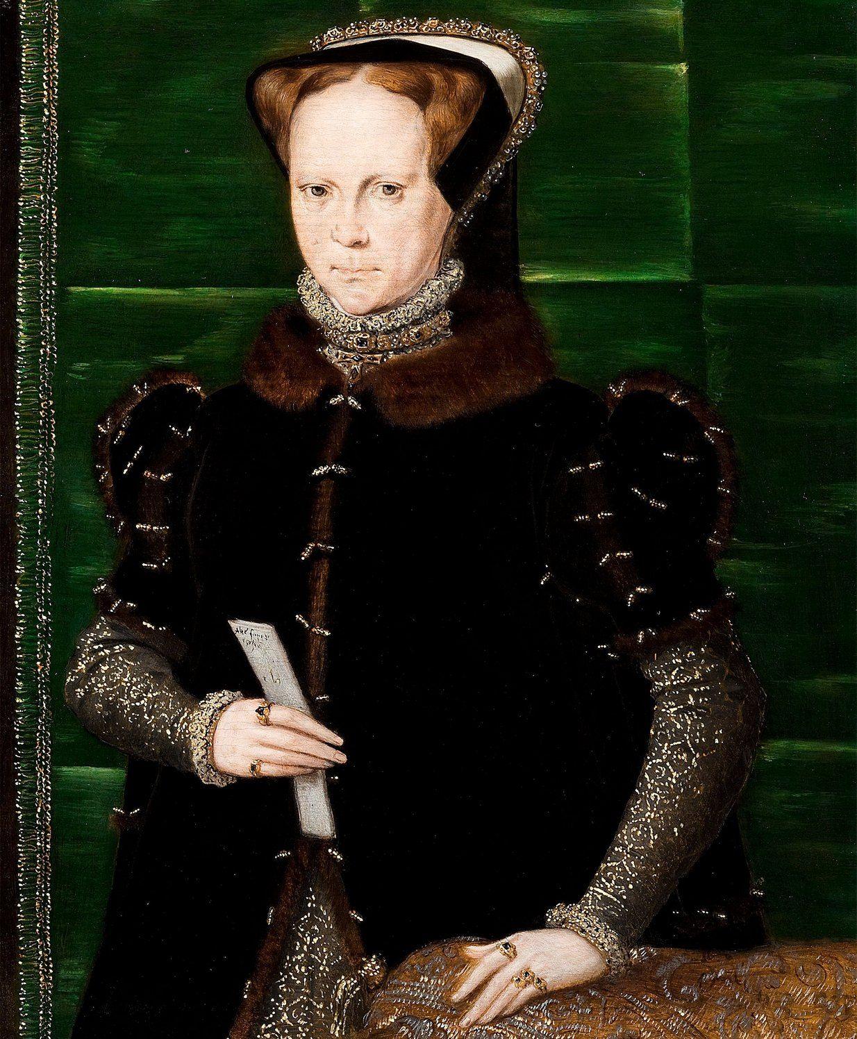 Maria Tudor miała problem z zaakceptowaniem, że w wieku 40 lat trudno zajść w pierwszą ciążę. Wolała w swej bezpłodności widzieć karę boską za tolerowanie heretyków. Portret pędzla Hansa Ewortha (źródło: domena publiczna).