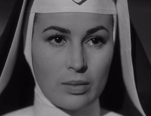 """Zachwycająca nawet jako zakonnica. Silvana w 1951 roku na planie filmu """"Anna"""" (źródło: domena publiczna)."""