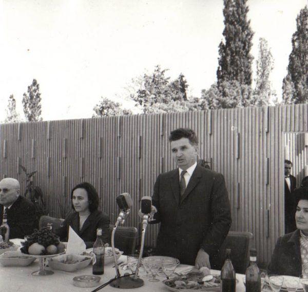 Wizyty gospodarskie Ceaușescu napędzały urzędnikom niemałego strachu... (źródło: Fototeca online a comunismului românesc).
