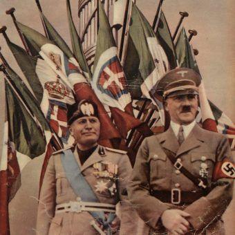 """Czy Hitler miał naprawdę powody, aby podziwiać Mussoliniego? Na ilustracji fragment okładki jednego z numerów tygodnika """"Światowid"""" (źródło: domena publiczna)."""
