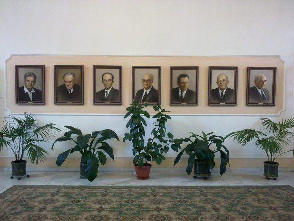 Laureaci Nagrody Nobla, którzy pracowali w Instytucie Fizyki im. Lebiediewa (autor: Габышев Дмитрий Николаевич , lic.: CC BY-SA 3.0).