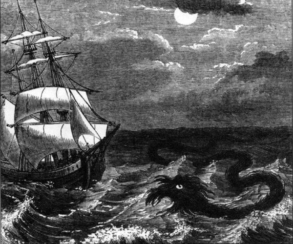 Żeglarze od wieków lękali się węży morskich. XIX-wieczna ilustracja prezentująca potwora atakującego statek (źródło: domena publiczna).