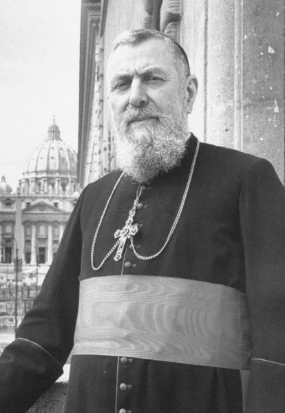 Watykan starał się także mieć swoich ludzi w Związku Radzieckim. Księża mieli być zrzucani na spadochronach w ZSRS i zakładać tam tajne parafie. Na zdjęciu prefekt Kongregacji ds. Kościołów Wschodnich kard. Eugène Tisserant, który stworzył plan przewidujący, że katoliccy księża będą posuwali się w przebraniu za niemieckimi oddziałami w głąb Rosji.