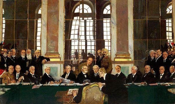 Czy gdyby w Wersalu nie narzucono tak ostrych warunków to udałoby się uniknąć II wojny? Na ilustracji obraz William Orpena przedstawiający moment podpisania traktatu (źródło: domena publiczna).