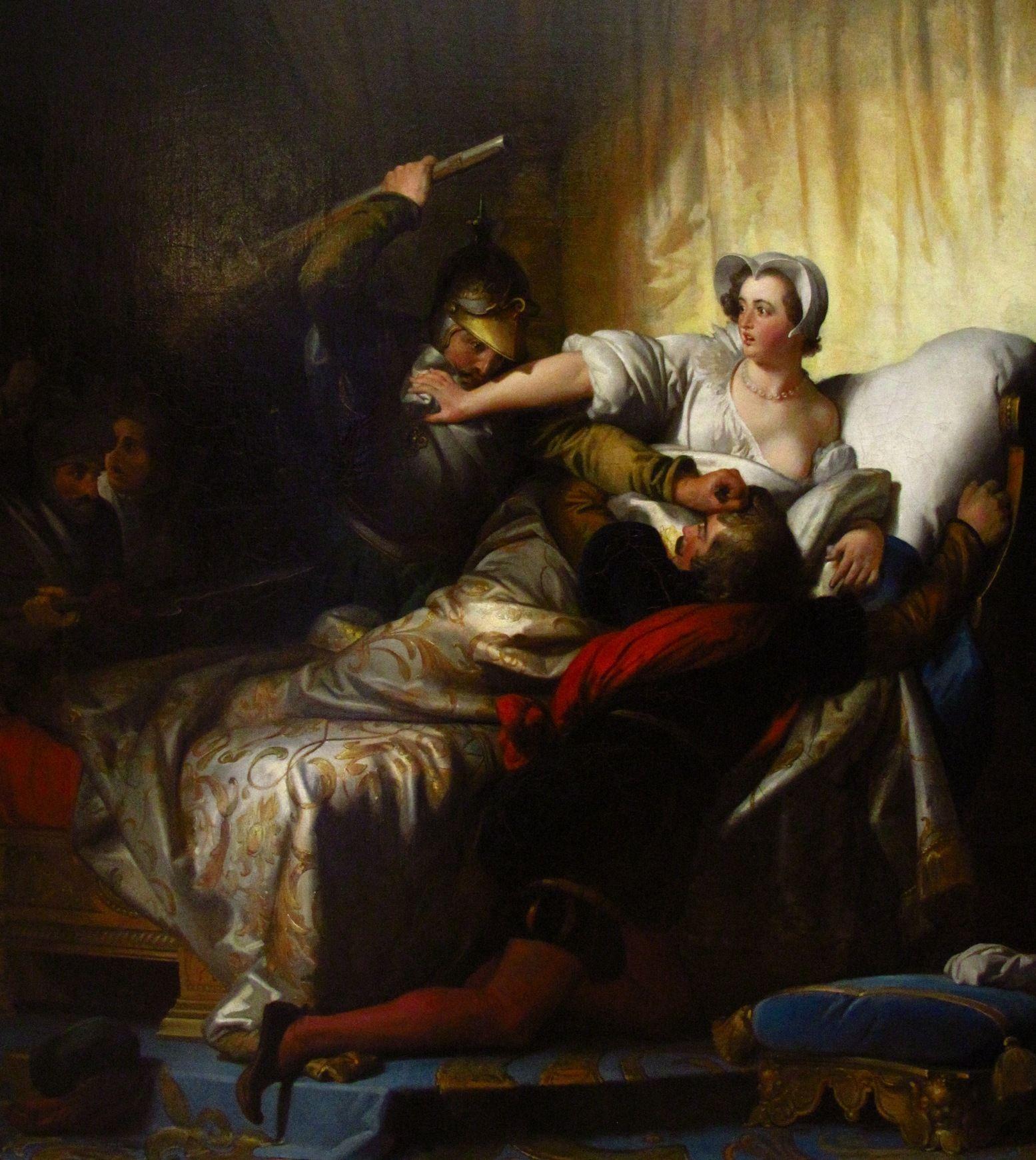 Małgorzata nawet we własnej sypialni nie była bezpieczna, gdy rozpętało się piekło. I trudno jej się dziwić, że winiła za to matkę. Na tym obrazie Alexandre'a-Évariste'a Fragonarda z 1836 roku Margot osłania przed siepaczami własną piersią hugenota, który wtargnął do jej komnaty (źródło: domena publiczna).