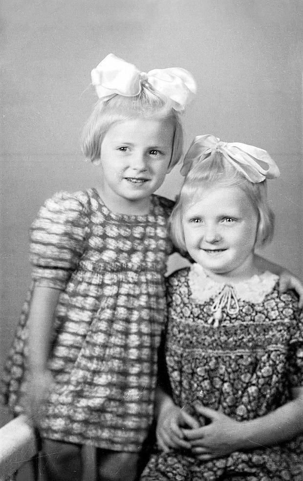 Daria i Alodia Witaszek na zdjęciu z 1943 roku (źródło: archiwum prywatne Alodii Witaszek).