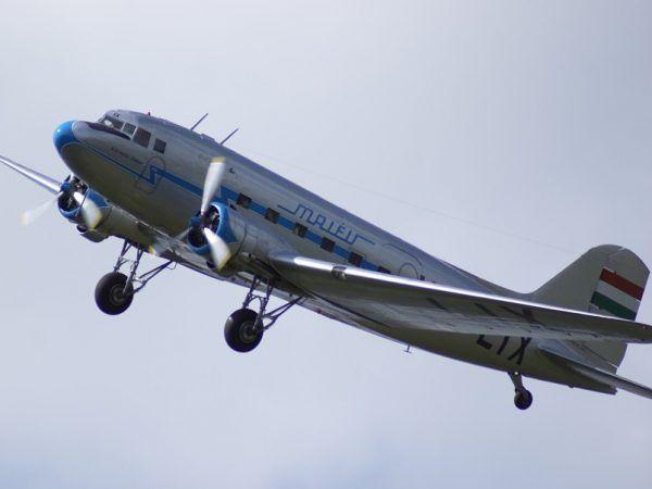 """Na pokładzie takiego samolotu """"Cichociemni"""" ze Wschodu dotarli nad Polskę (fot. MarkusundMeli, lic. CC BY 3.0)."""
