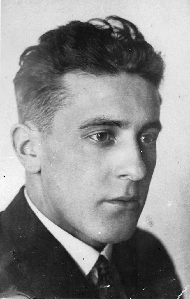 Porucznik (?) Marian Przysiecki. Źródło: domena publiczna.