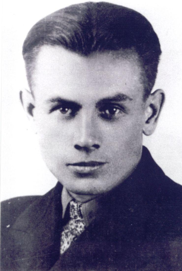 Kapitan Eugeniusz Stasiecki. Źródło: domena publiczna.