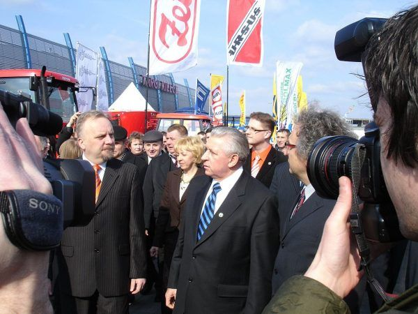 Andrzej Lepper już jako wicepremier, na zdjęciu z marca 2007 roku (fot. Marek Silarski; lic. CC BY-SA 2.5).