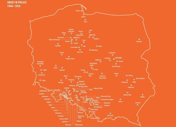 """Mapa przedstawiająca sieć działających po wojnie na terenie Polski obozów. Grafika pochodzi z książki Marła Łuszczyny """"Mała zbrodnia"""" (Znak Horyzont 2017). Kliknij, aby powiększyć."""