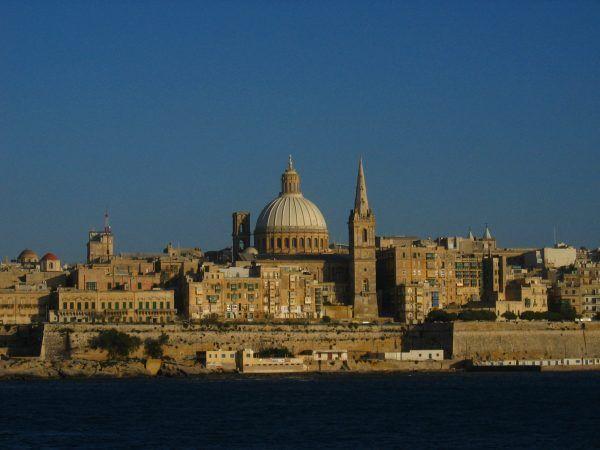 Surowe przepisy antyaborcyjne utrzymują się też w niektórych krajach europejskich. Na Malcie i kobiecie, która poddała się zabiegowi, i lekarzowi, który go wykonał, grozi kara do trzech lat więzienia (zdj. Briangotts, źródło: domena publiczna).