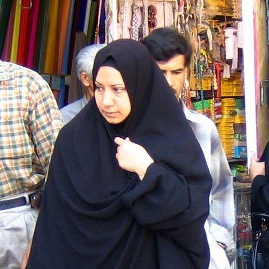 e3ac09d7413d42 Kobiety we współczesnym Iranie wciąż walczą z dyskryminującym je prawem. W  ostatnich latach głównym przedmiotem