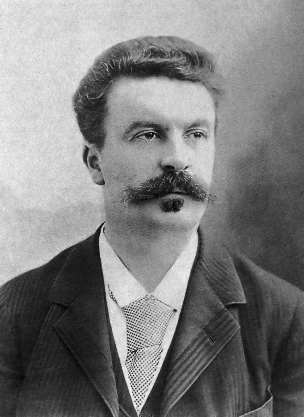 """""""Alleluja! Mam syfa"""" - zakrzyknął podobno Guy de Maupassant na wieść o swojej chorobie. Był dumny z tego, że zmaga się właśnie z kiłą, a nie - z jakimiś """"świętoszkowatymi kłopocikami"""" (zdj. Félix Nadar, źródło: domena publiczna)."""