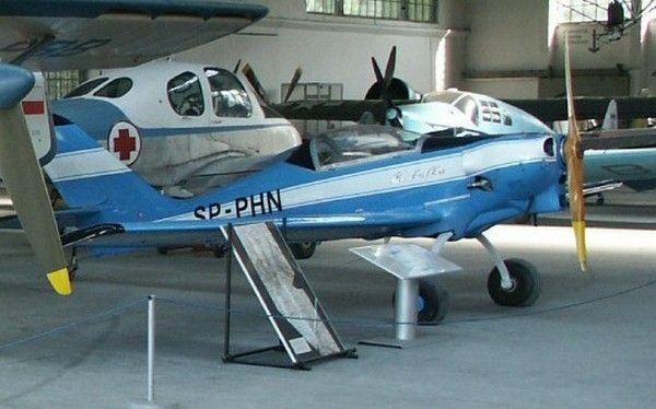 Właśnie tym samolotem własnej konstrukcji Eugeniusz Pieniążek uciekł z Polski Ludowej (fot. Michał Derela; lic. CC BY-SA 3.0).