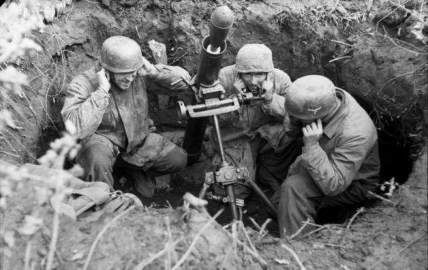W bitwie o Monte Cassino Polacy musieli rywalizować z najbardziej elitarnymi jednostkami niemieckimi. Na zdjęciu niemieccy strzelcy spadochronowi.