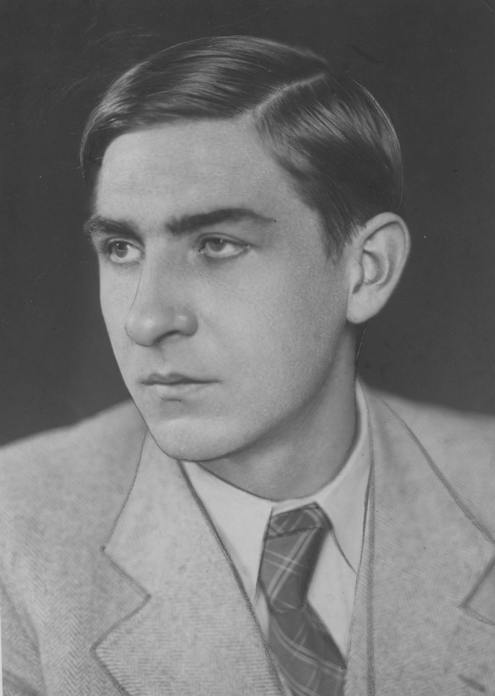 Potwierdzenie domysłów o tym, że Niemcy wywieźli ołtarz do Norymbergi były dla Estreichera doskonałą wiadomością. Na zdjęciu z 1937 roku polski Indiana Jones we własnej osobie.