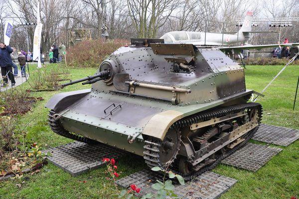 Tankietka TKS w Muzeum Wojska Polskiego w Warszawie.