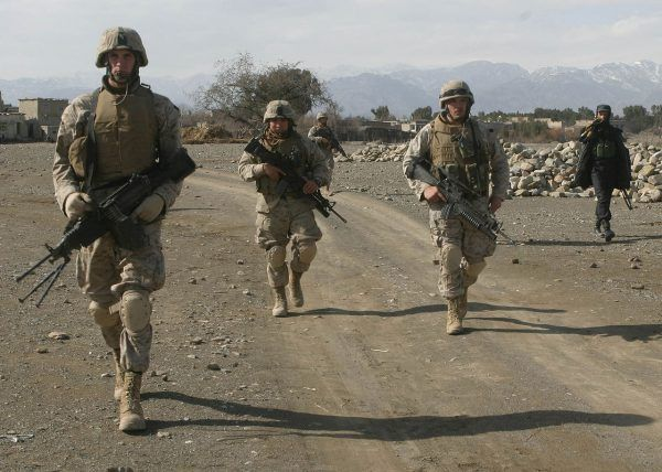 Amerykańska interwencja w Afganistanie częściowo zatrzymała radykalne reformy Talibów.