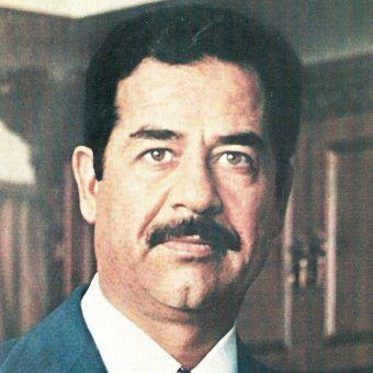 Czy Polska zarabiała na zbrodniach Saddama Hussajna? Zdjęcie z roku 1979.