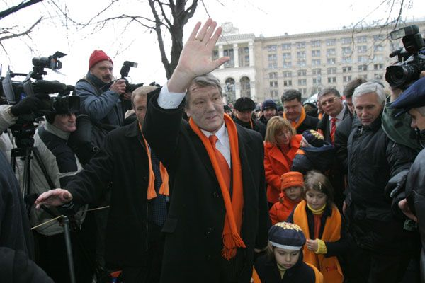 Wiktor Juszczenko i jego Pomarańczowa Rewolucja pokrzyżowały plany Putinowi na Ukrainie.