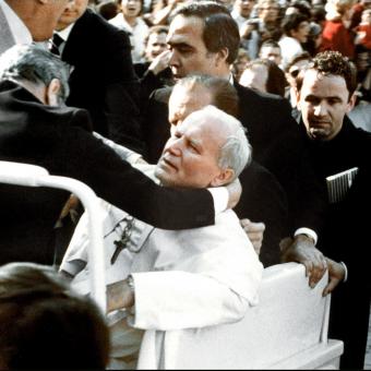 Czy 13 maja 1981 roku ucierpiał tylko Jan Paweł II?