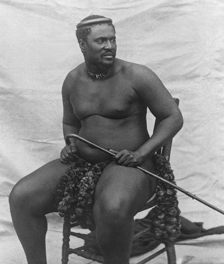 Król Zulusów Cetshwayo na zdjęciu z około 1875 roku.