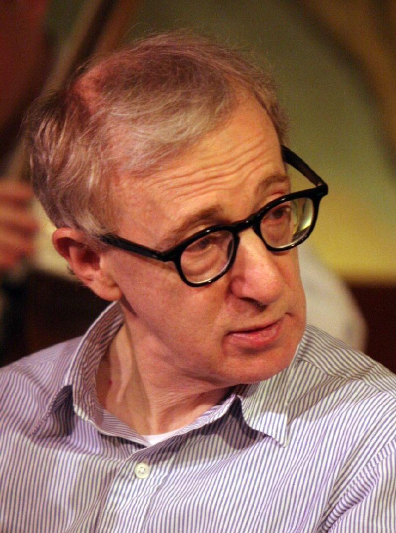 Woody'emu Allenowi molestowanie zarzucała była żona oraz dzieci.