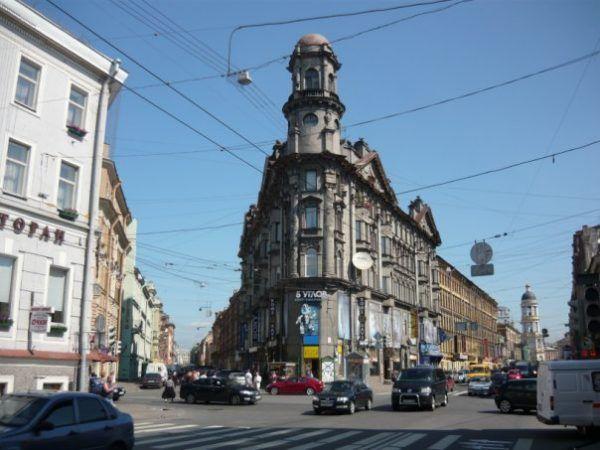 Budynek, w którym mieszkali Czukowska i Bronstein.