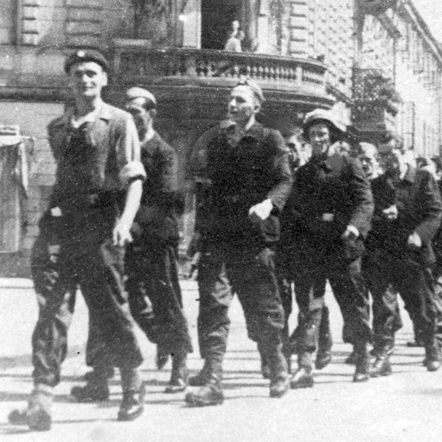 Oddział Osłonowy WZW, autor wspomnień trzeci z lewej.