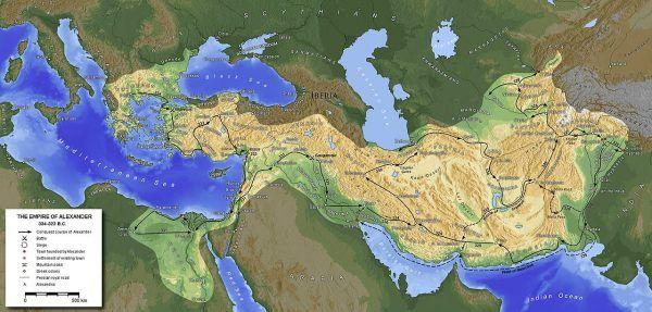 Macedońskie imperium Aleksandra Wielkiego do dziś budzi podziw historyków. Wódz złamał potęgę imperium perskiego i do roku 327 p.n.e. opanował niemal całe państwo, by chwilę potem ruszyć na Indie. Jego śmierć była na rękę wielu ówczesnym władcom.
